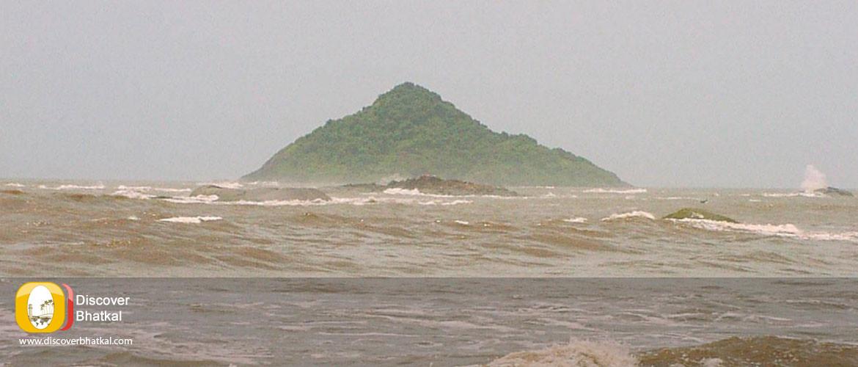Pigeon Island Near Bhatkal Town
