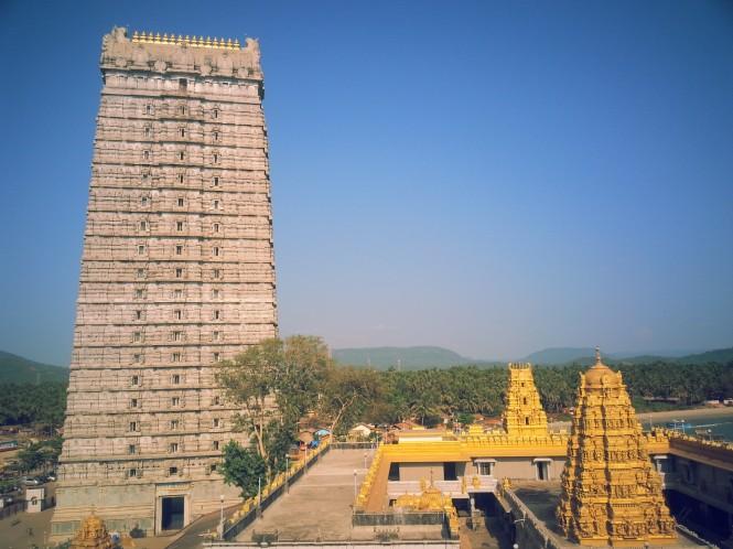 Murudeshwar-Temple-and-its-Gopura